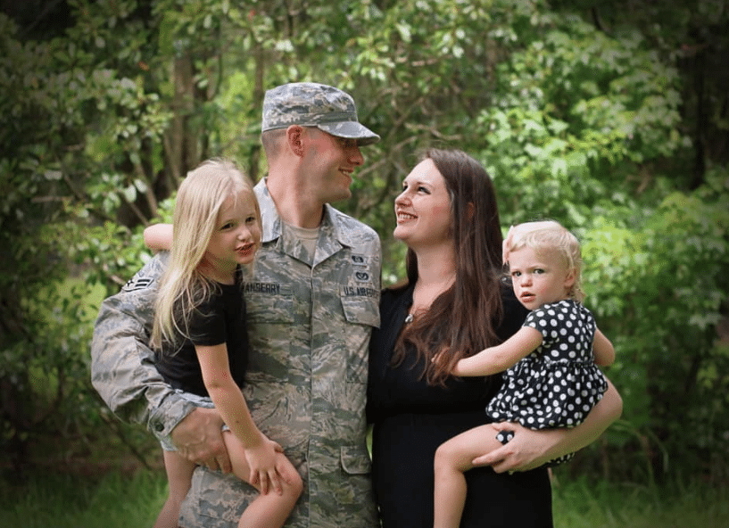 Military Spouse Virtual Assistant and Family